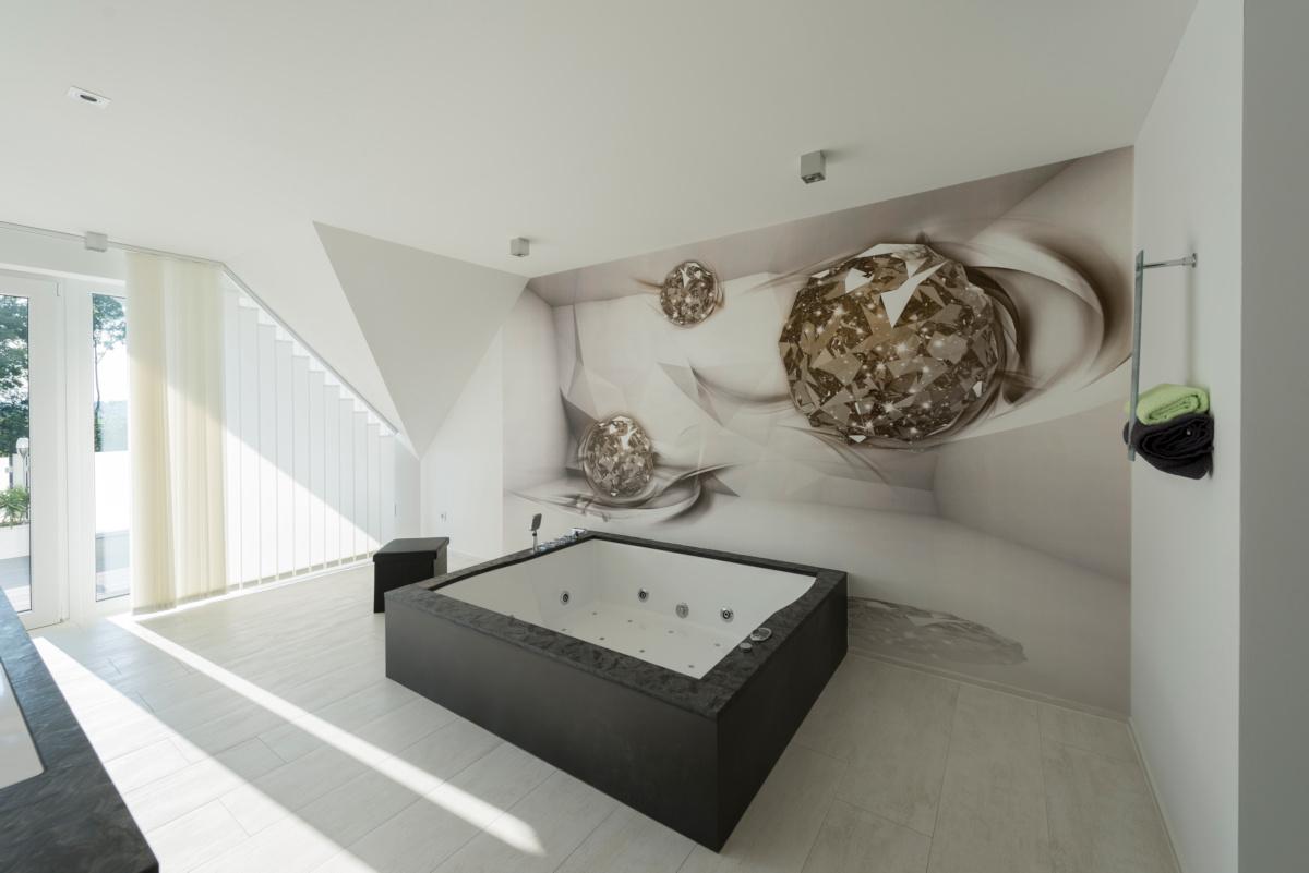 individuelles Fertighaus als Doppelhaus, großzügiges Bad