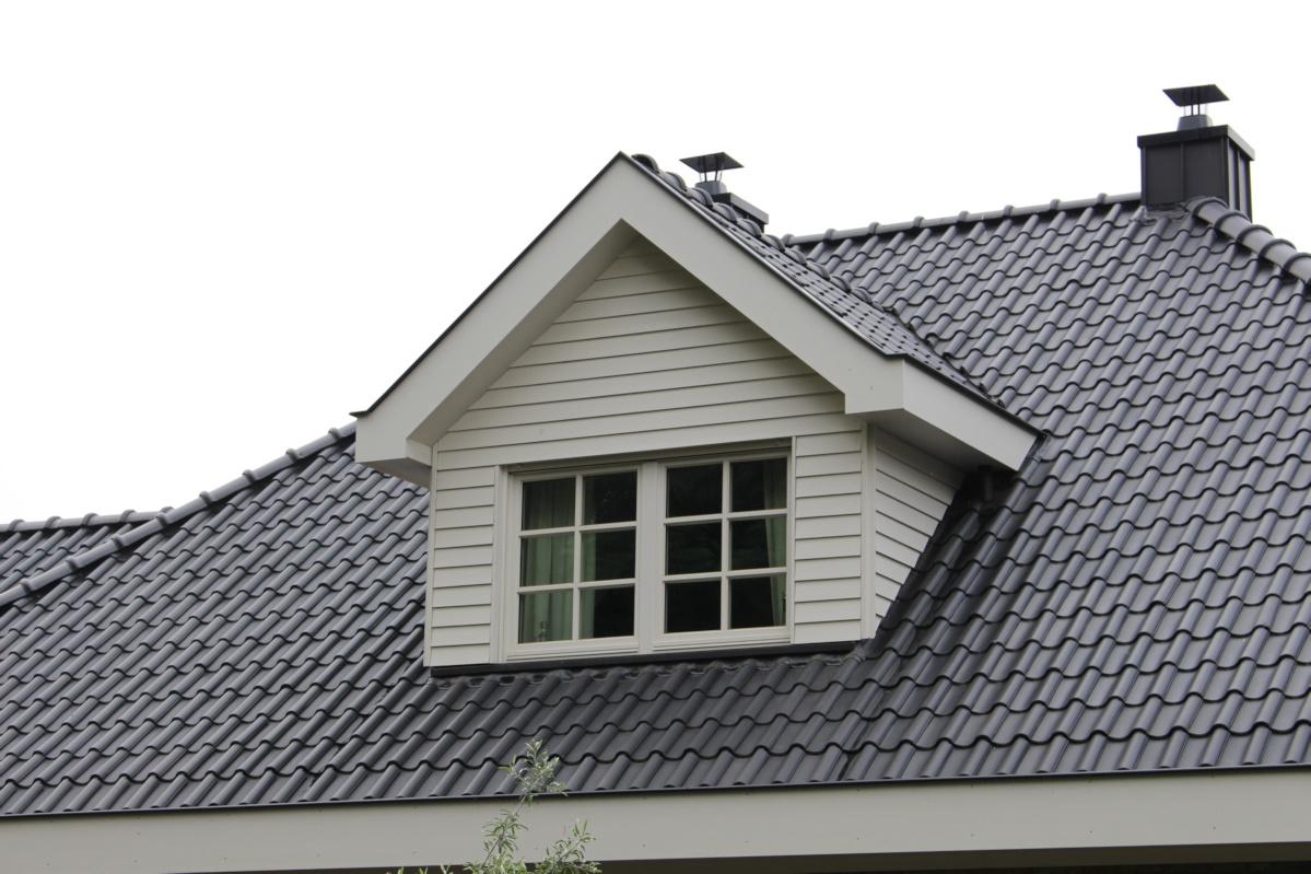 möglichst barrierefreies Holzhaus altersgerecht gebaut, Satteldachgaube