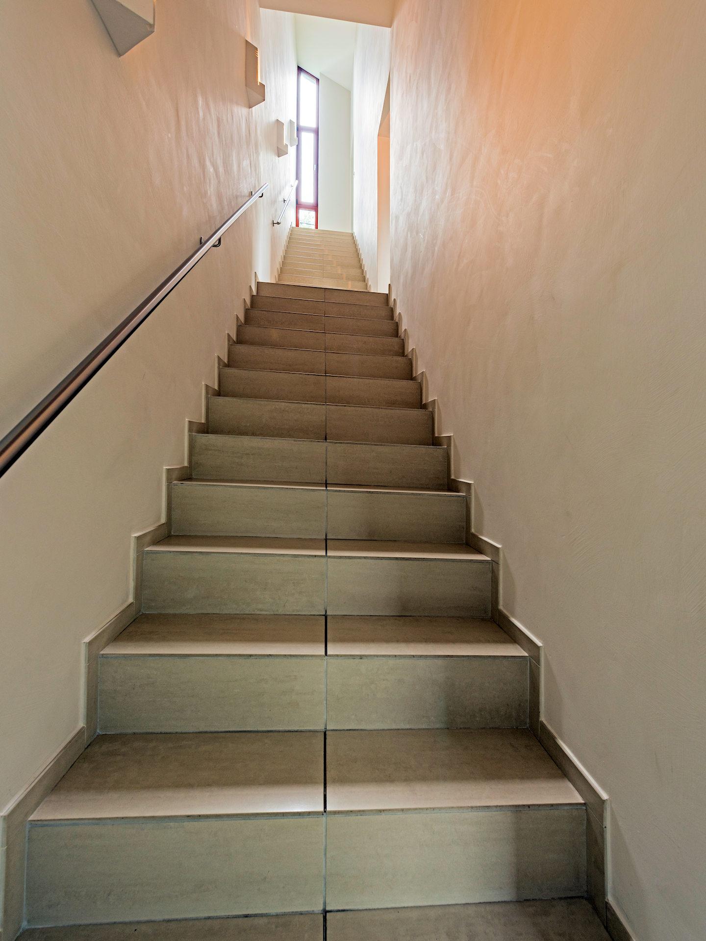 Falttreppe Fliesenbelag