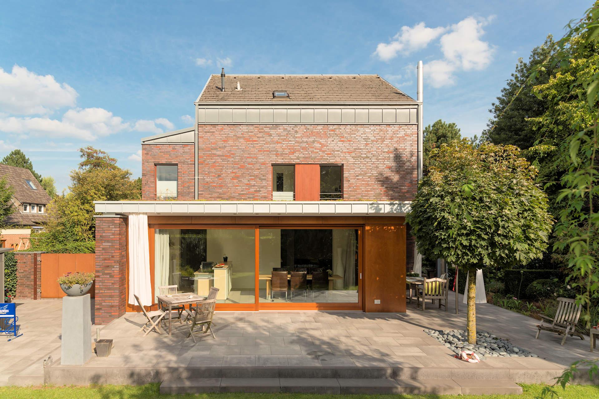 Wohnraumerweiterung mit Terrassenüberdachung, Hebe-Schiebe-Tür