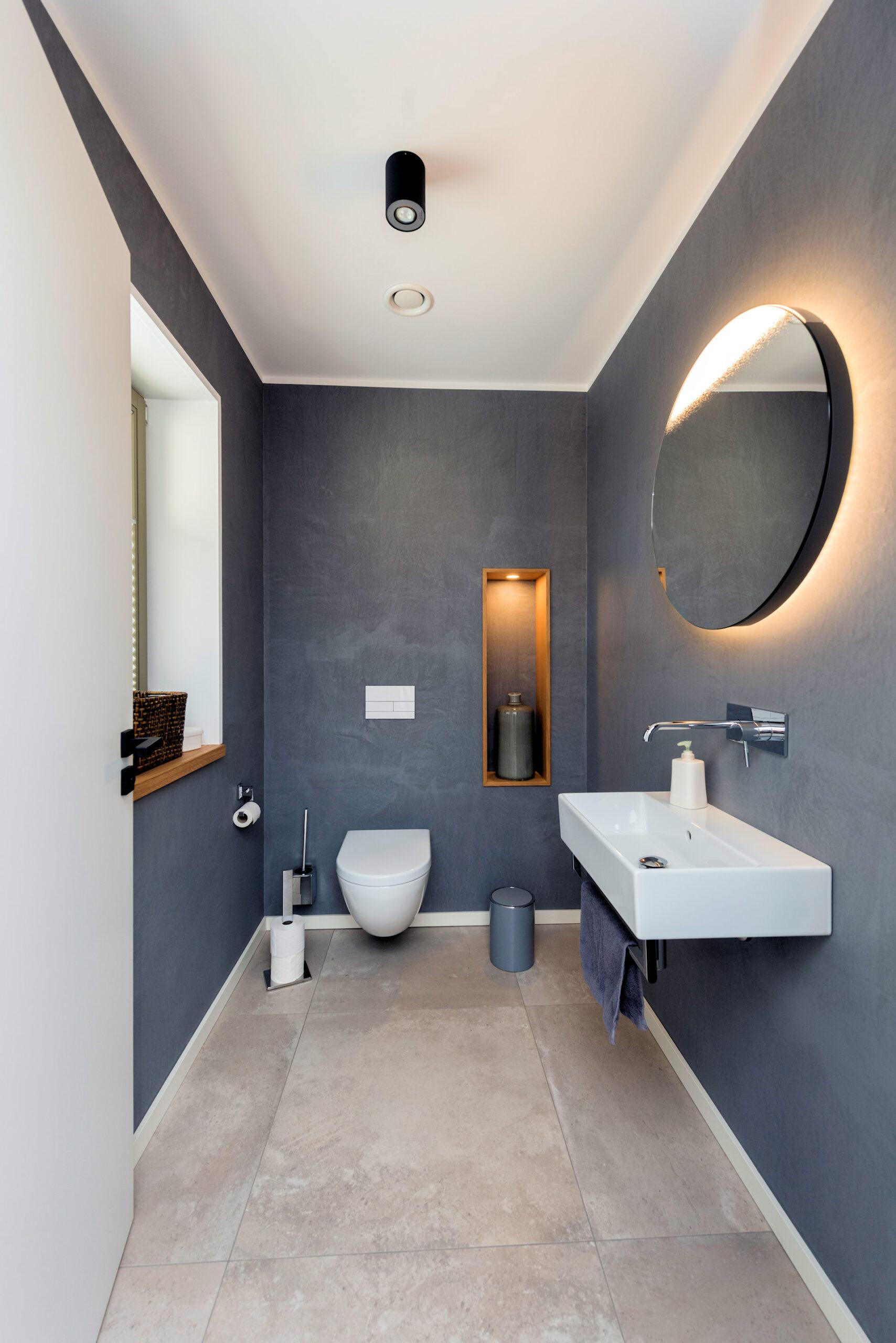 modernes Holzhaus, 2-geschossig, WC barrierefrei